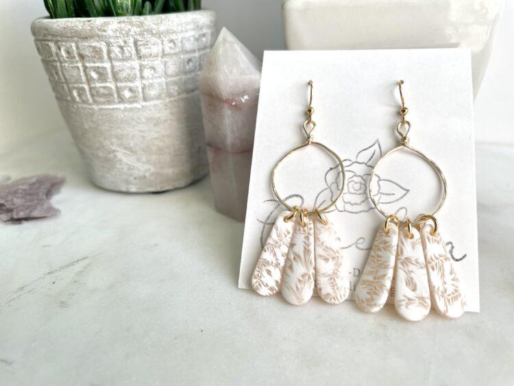 Summer White Floral Hoop Earrings