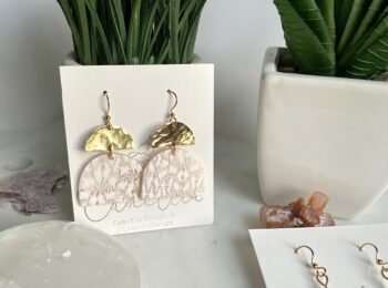 Summer White Floral Arch Earring with Hammered Arch